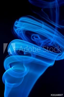 Fototapeta Niebieski dym na czarnym tle (16144607)