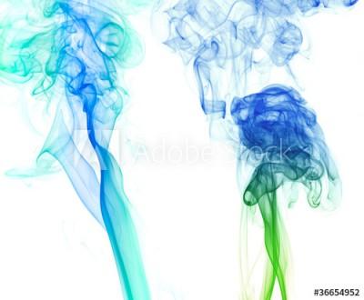 Fototapeta Dwa unoszące się niebieskie dymy na czarnym tle (36654952)