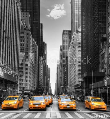 Fototapeta Aleja z taksówkami w Nowym Jorku (44846834)
